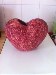 Vase in Herzform ca 30