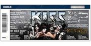 Kiss 2x Front of Stage