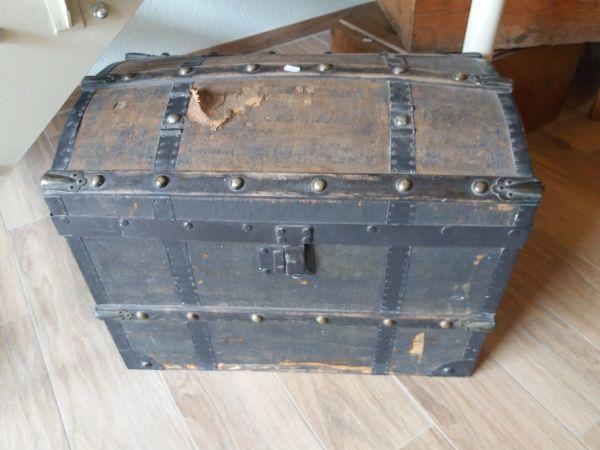 Alte Truhe alte truhe mit ledertragegriff in zaberfeld sonstige antiquitäten