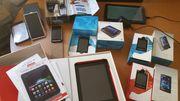 Mehrere Handies und 2 Tablets