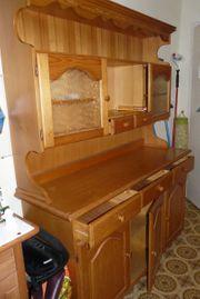 Küchenschrank aus Holz zu verschenken