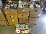 28 Kartons Bücher
