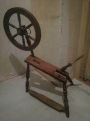 Antikes Spinnrad
