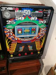 Merkur Thunder Spielautomat mit Stand