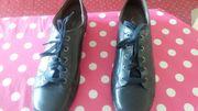 Damen-Schuhe in