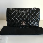 CHANEL Schwarze Double Flap Timless
