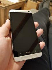HTC One Handy