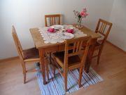 Schöner alter Holztisch