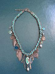 silberne Halskette mit türkis