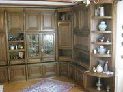 Wohnzimmerschrank mit Esszimmer