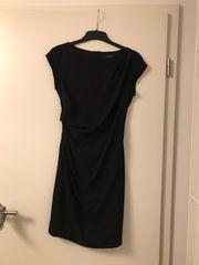 Schönes schlichtes Kleid von Esprit