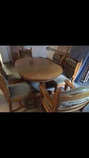 Antike Tischgruppe Esstisch und sechs