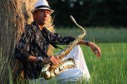 Live Saxophonist für