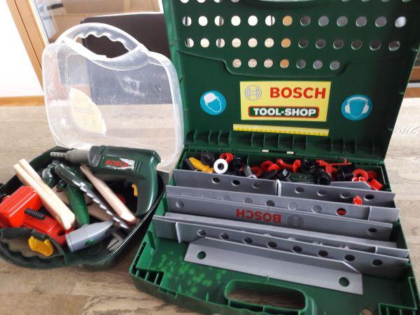 Werkzeugbank Bosch mit Werkzeugkoffer
