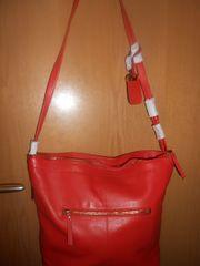 schöne neue rotfarbige Umhängetasche von