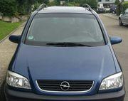 Opel Zafira zu