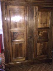 antik nussbaumvolholtzschrank
