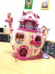 Hasbro Tekanne Haus mit Pony