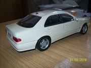 Modellauto Mercedes-Benz W 210 1