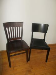 Zwei Stühle und