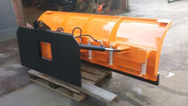 schneeschild traktor radlader passend f r alle. Black Bedroom Furniture Sets. Home Design Ideas