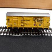 Roco gedeckter Güterwagen Dinkelacker gelb
