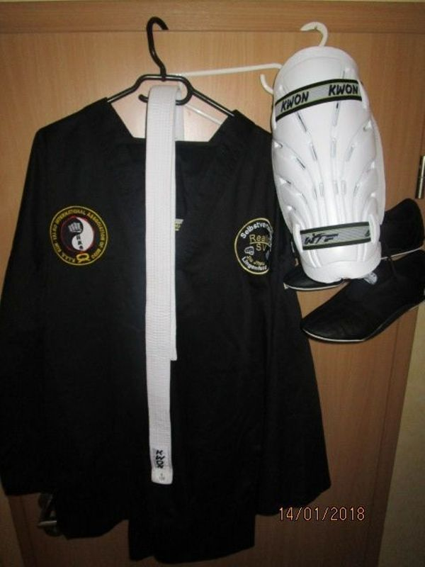 KWON Kampfanzug incl. » Kampfsport