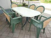 Gartentisch Set mit 6 Stapel-Stühlen
