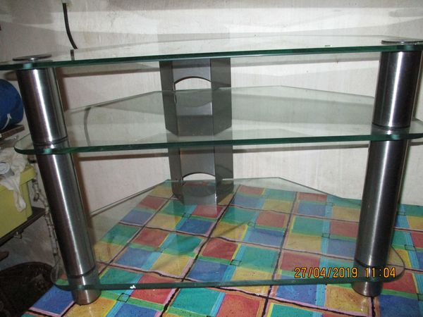 Fernseh- oder Radio-Tisch mit 3 Glasscheiben-Etagen B71x50xH49cm