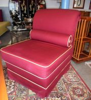 toller roter Sessel