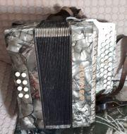 verkaufe Zieharmonika aus den 50er
