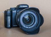 Systemcamera Lumix GH1 mit 14-140