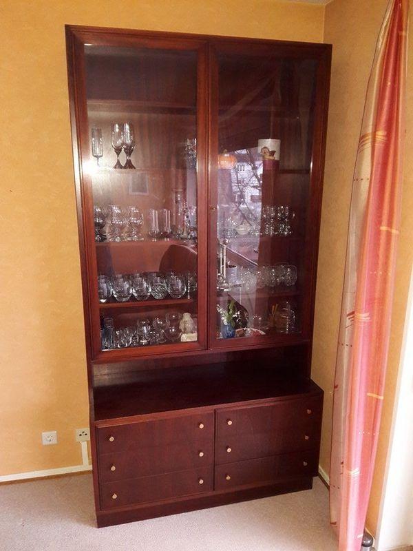 Vitrinenschrank kaufen vitrinenschrank gebraucht - Poco vitrinenschrank ...