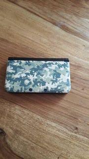 Nintendo 3DS XL mit 9