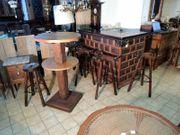 Spanische Bar Theke mit Tisch