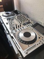 DJ Pioneer CDJ 2000 Nexus
