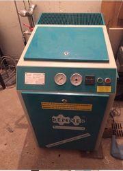 Schraubenkompressor mit Kältetrockner