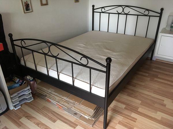 Ikea einzelbett schwarz  IKEA Bett Metall schwarz in Rastatt - Betten kaufen und verkaufen ...