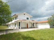Idyllisches italienisches Haus