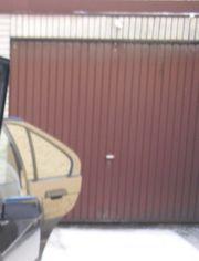 Suche (Tief-/) Garage
