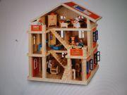 Holzpuppenhaus