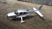 Modellflugzeug Cirrus SR 22T Neu