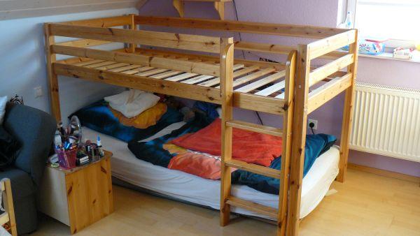 Hochbett Holz Weiß Kinder : Etagenbett mit treppe kinderhochbett c