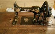 Antiquarische Nähmaschine
