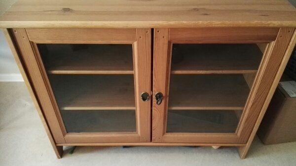 biedermeier vitrinenschrank kaufen biedermeier. Black Bedroom Furniture Sets. Home Design Ideas