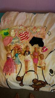 Puppen mit Zubehör