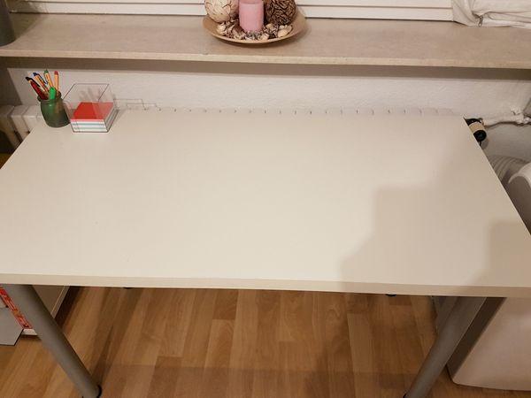 Büromöbel ikea weiss  IKEA Schreibtisch weiß in Mannheim - Büromöbel kaufen und verkaufen ...