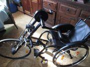 Rollstuhl-Fahrrad