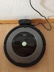 Ein automatischer Staubsauger den Roomba