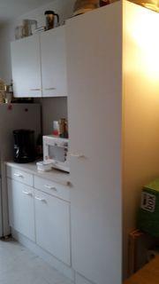 Küchenschränke (weiß)